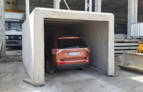 Garaż monolityczny