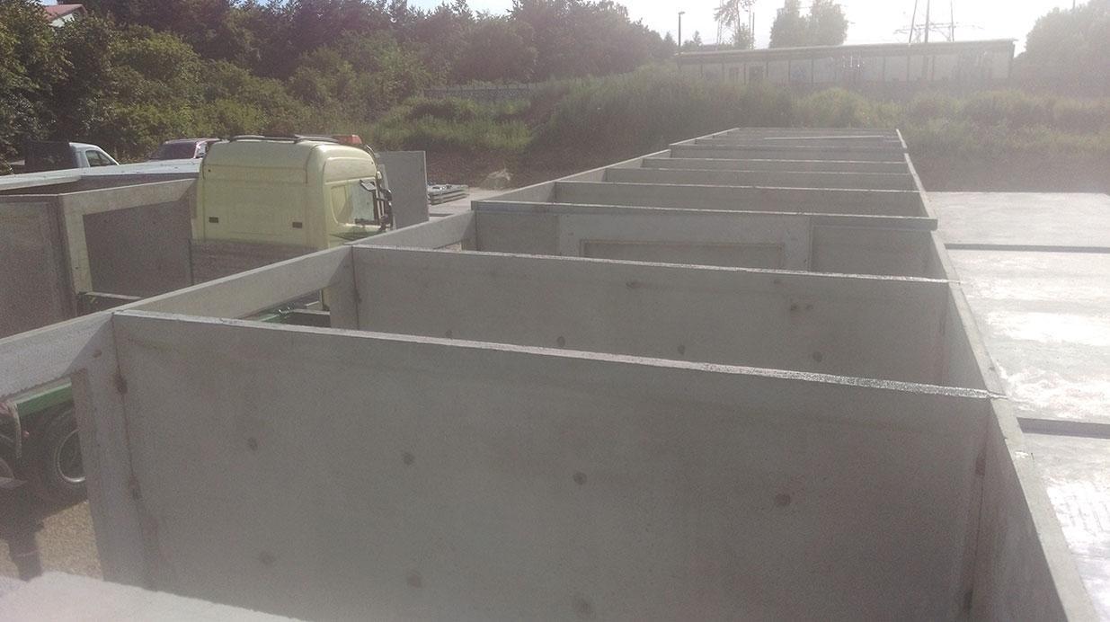 Super Garaże betonowe z płyt i monolityczne - P.P.H. Probud XH13